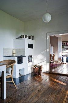 Blick aus der Küche ins Esszimmer